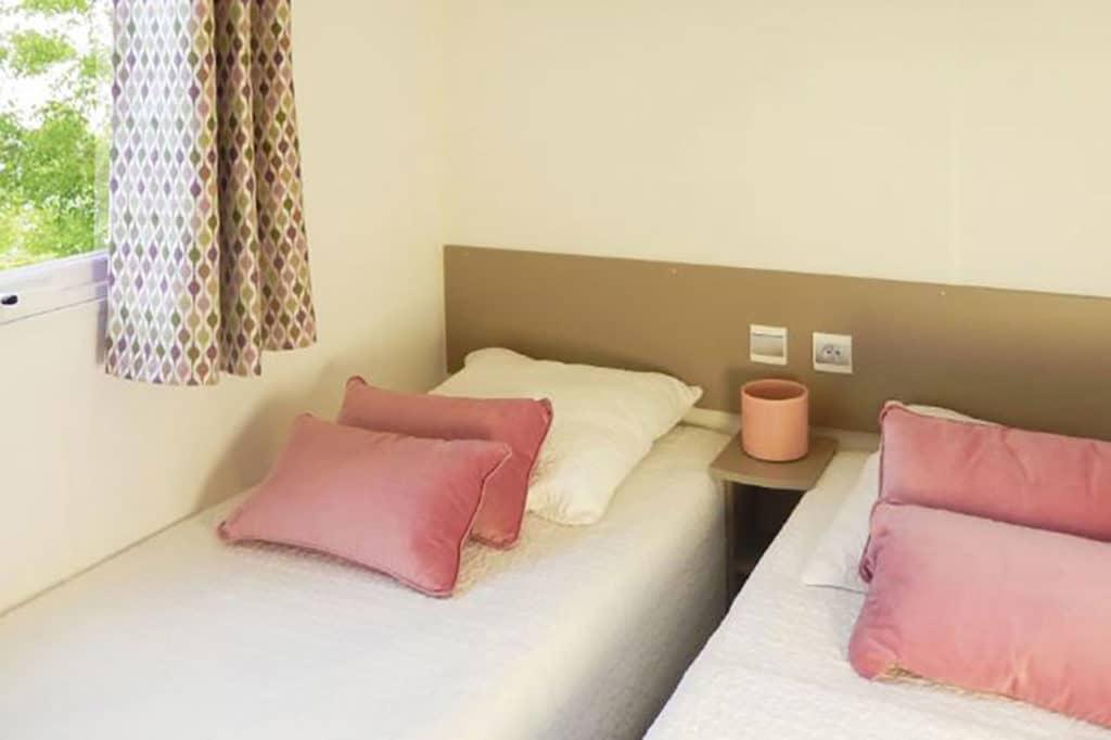Location Mobilhome 3ch 6/8 personnes : Chambre enfants/invités